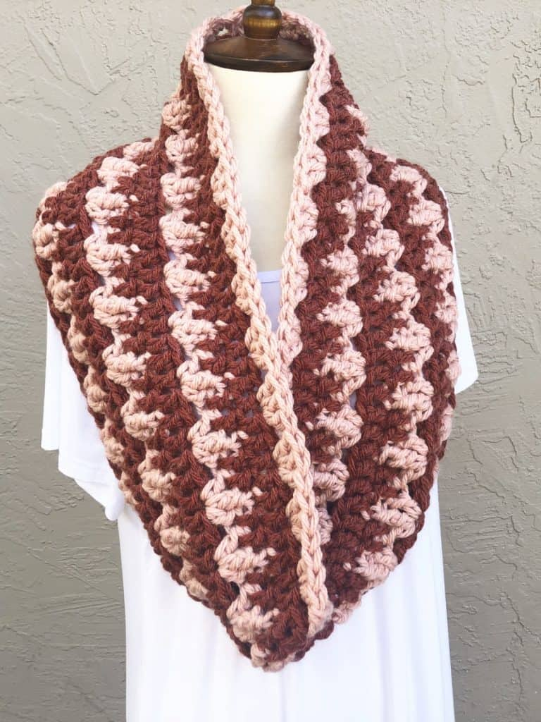 picture of chunky striped cowl rust and pink