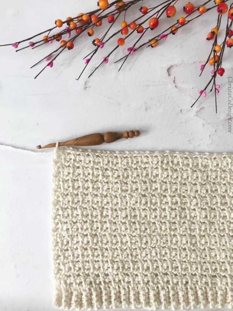 Crochet back panel in white.
