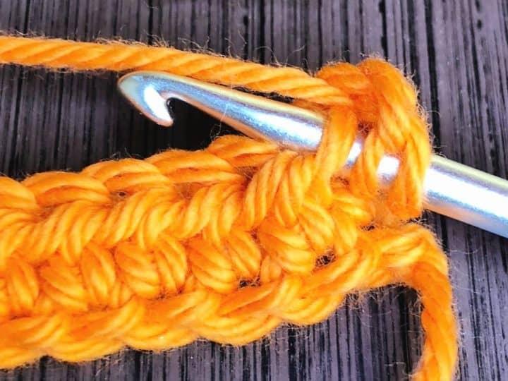 Hook inserted in 3rd loop of hdc.