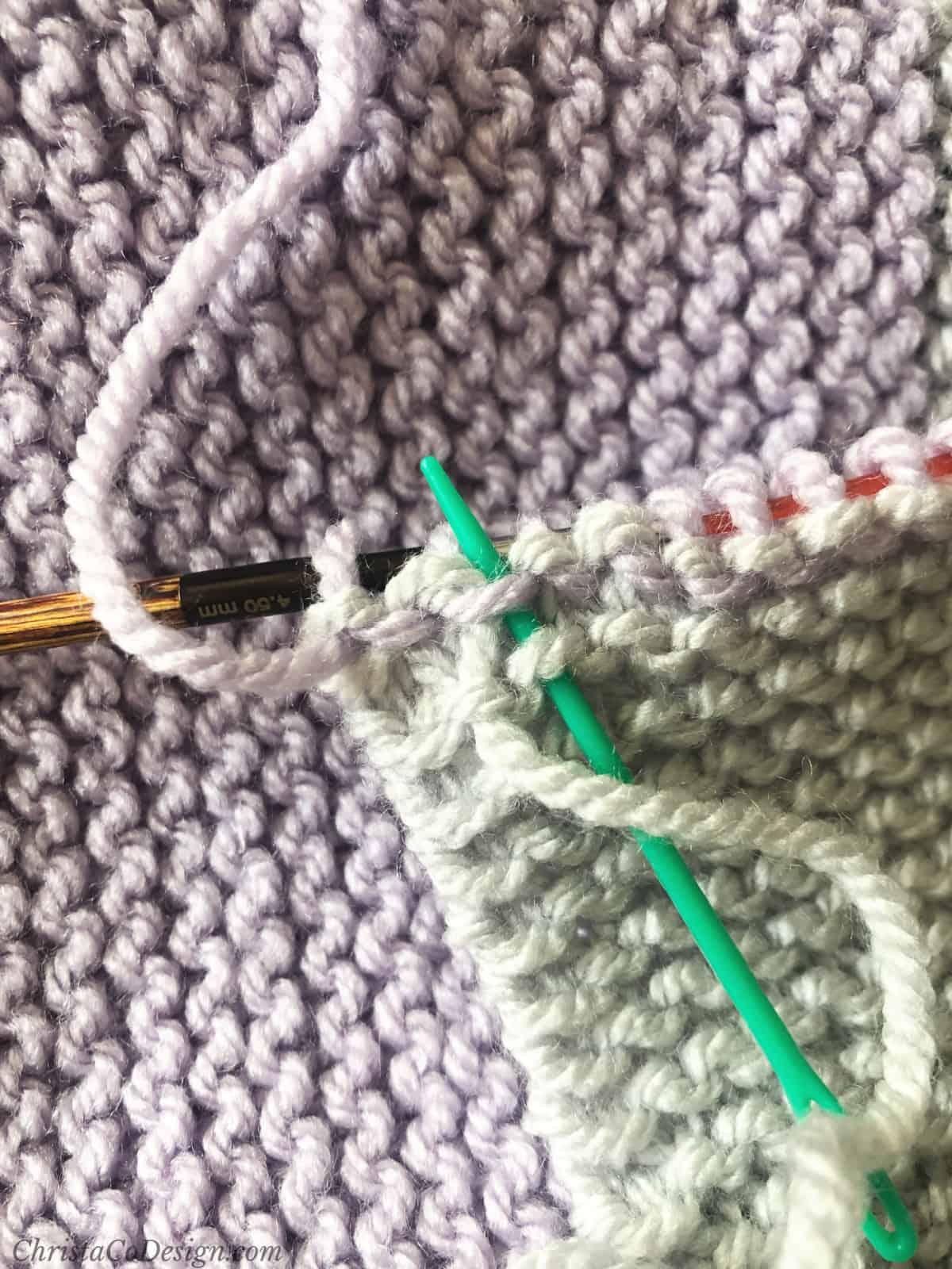 Keep weaving away ends.